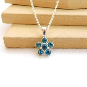 Small Turquoise Blue Flower Pendant Necklace